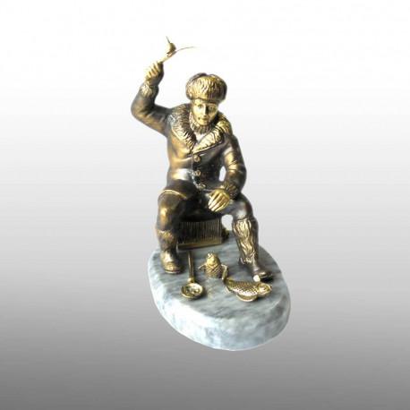 """Бронзовая статуэтка """"Зимняя рыбалка"""""""