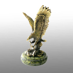 "Бронзовая статуэтка ""Орел"""