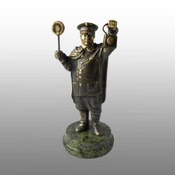 "Бронзовая статуэтка ""Железнодорожник"""