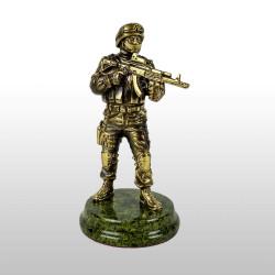 """Бронзовая статуэтка """"Спецназовец"""""""