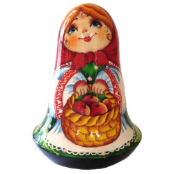 Неваляшка Девочка с корзиной яблок (высота 11 см., D7 см.)