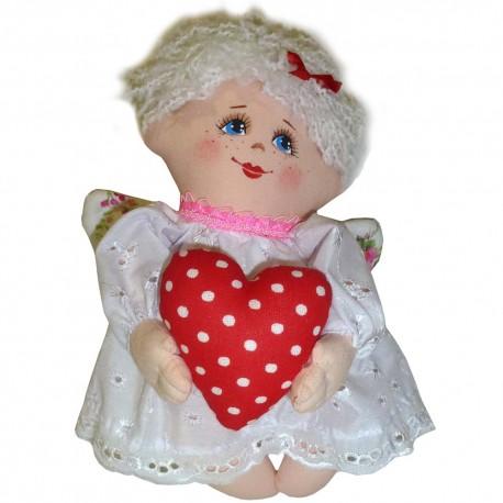 Оберег домашний Ангел девочка с сердцем (высота 20 см.)